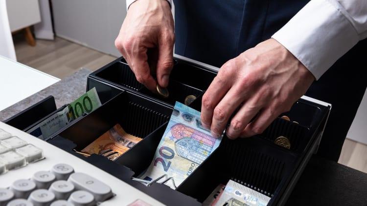 myGMT: הפיתוח הישראלי שיעזור לעובדים הזרים להעביר כסף לבני משפחתם